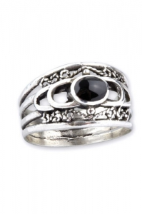 Silver Ornament Ring with Onyx
