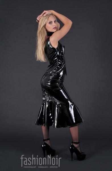 Infernal Goddess Gloss Hobble Skirt 25 00