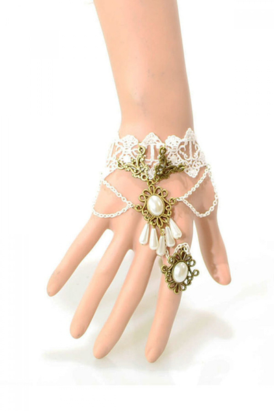 White Lace Teardrop Bracelet